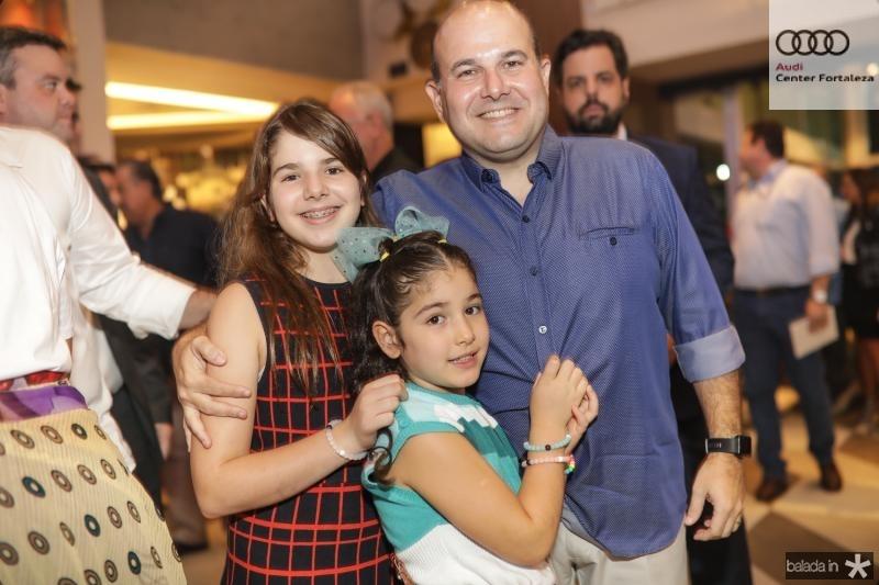 Roberta, Isabella e Roberto Claudio Bezerra