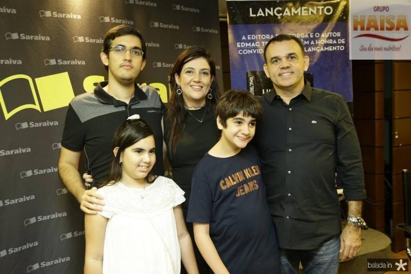 Pedro Henrique, Dudu, Lana, Giovana e Edmac Trigueiro