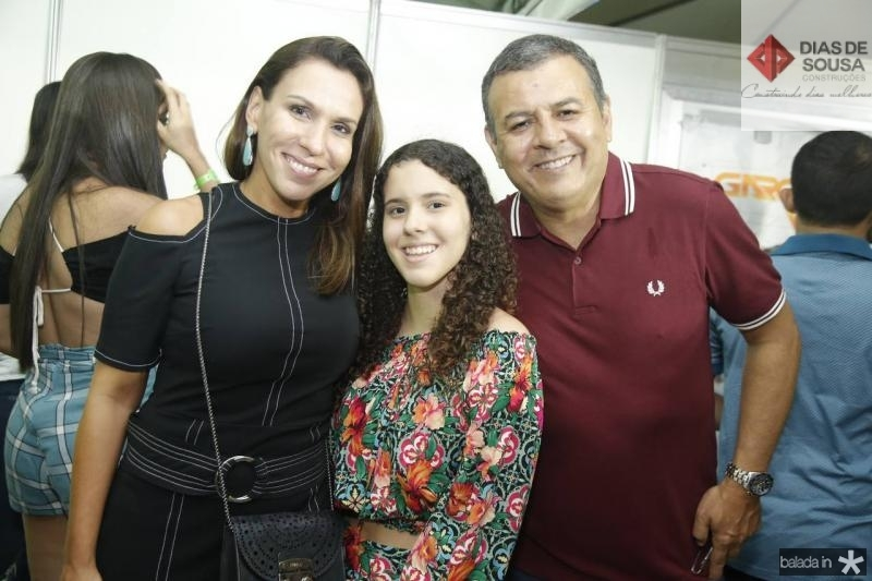 Samira, Samille e Valdir Fernandes