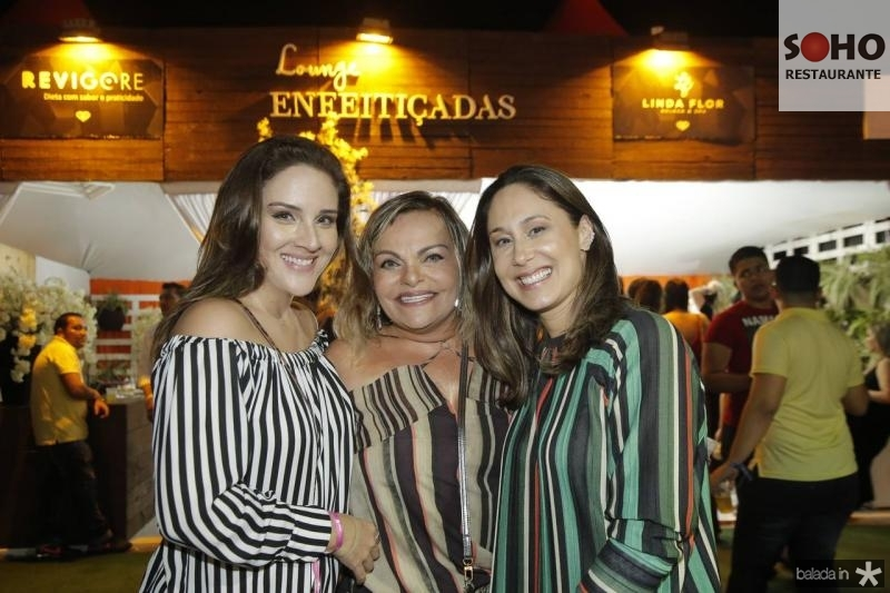 Natalia Marques, Thea Moreira e Larissa Coelho