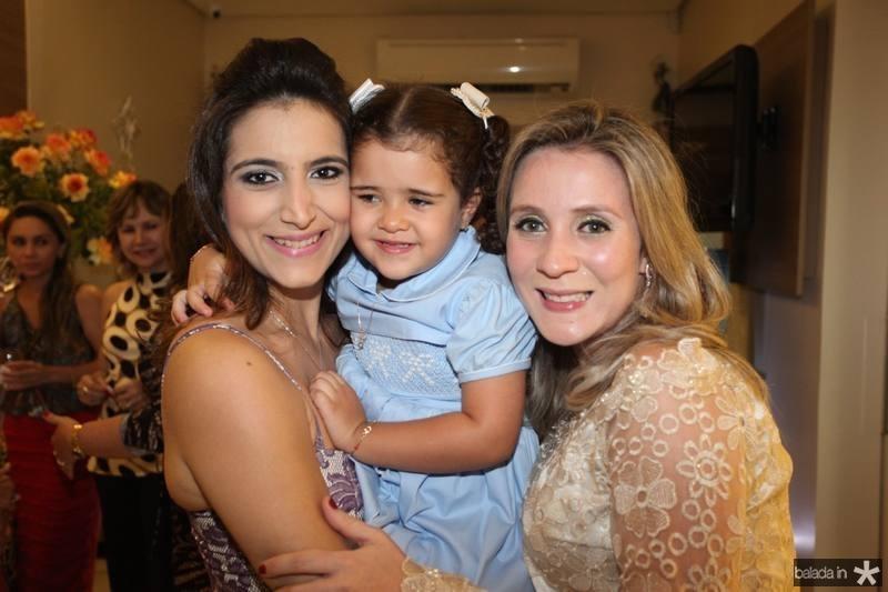 Camila Rodrigues, Katherine Simoes e Olga Saraiva