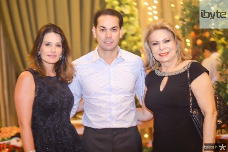 Renata, Claudio e Iracema do Vale
