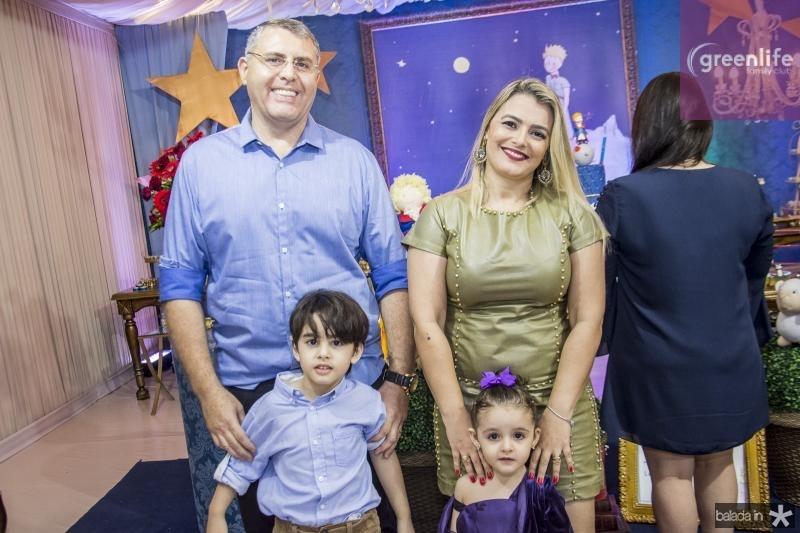 Ruan, Joaquim, Maria Fernanda e Kelvia Gomes