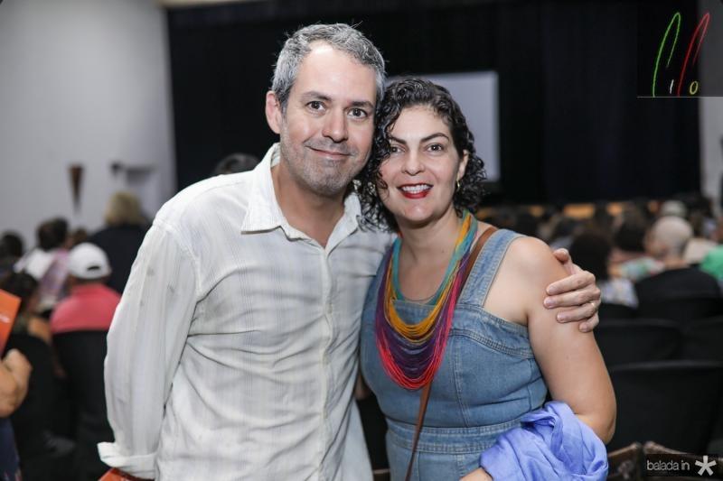 Eduardo Linhares e Iris Bonfim