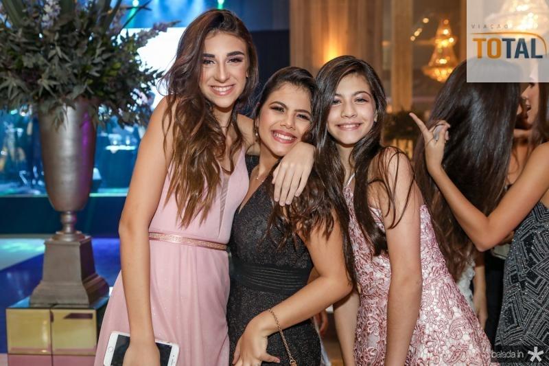 Marina Faco, Larissa Galiza e Julia Lira