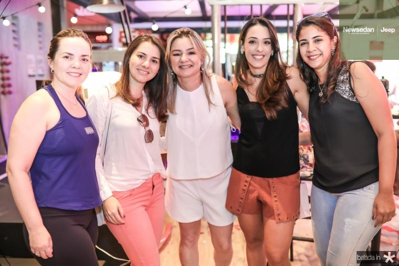 Mirelli Holanda, Sara Borges, Vanuza Saboia, Melissa Arruda e Marilia Costa