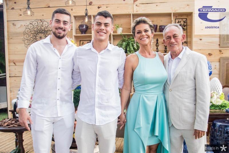 Matheus, Gabriel, Ana Cristina Wolf e Josias Martins