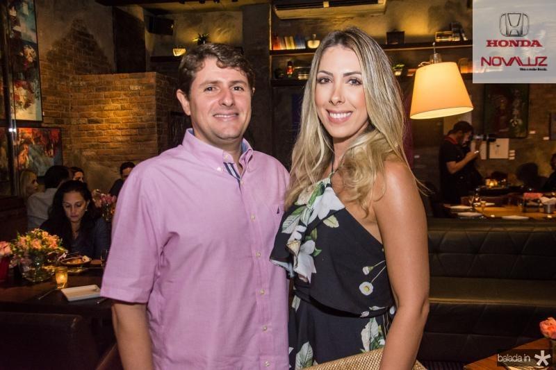 Alex Vila Leal Lopes e Daniela Ponte