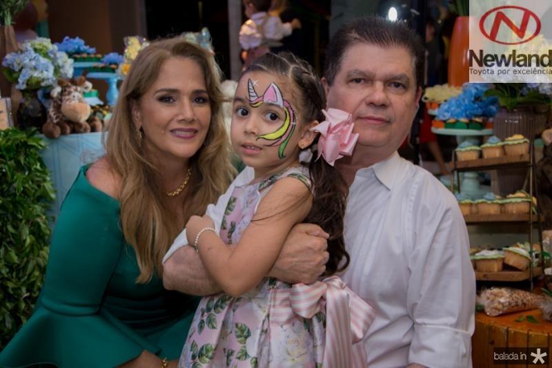 Mariza, Maria Beatriz e Mauro Filho Benevides