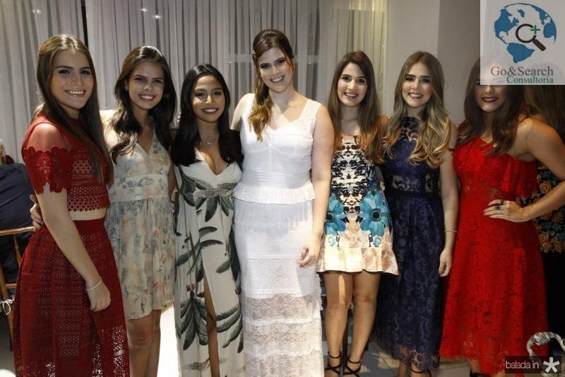 Lara Linhares, Maia Isabel Miranda, Mariana Gadelha, Ana Maria, Pamela Arruda, Paula Linhares e Nicole Vichnesvski