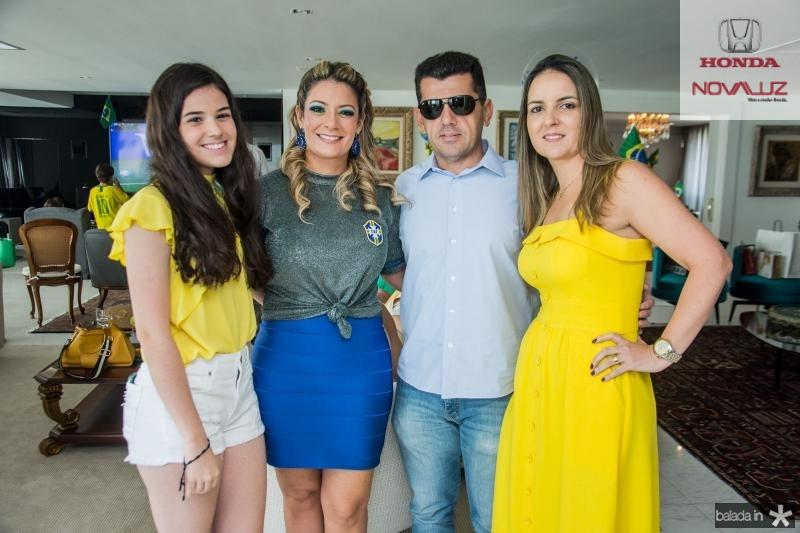 Beatrice Vasconcelos, Tatiana Luna, Erick Vasconcelos e Raquel Vasconcelos