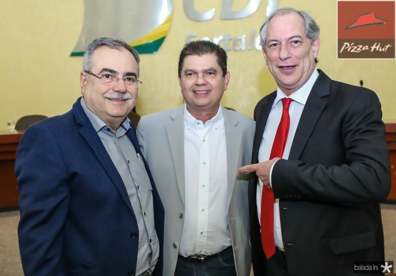 Assis Cavalcante, Mauro Benevides Filho e Ciro Gomes