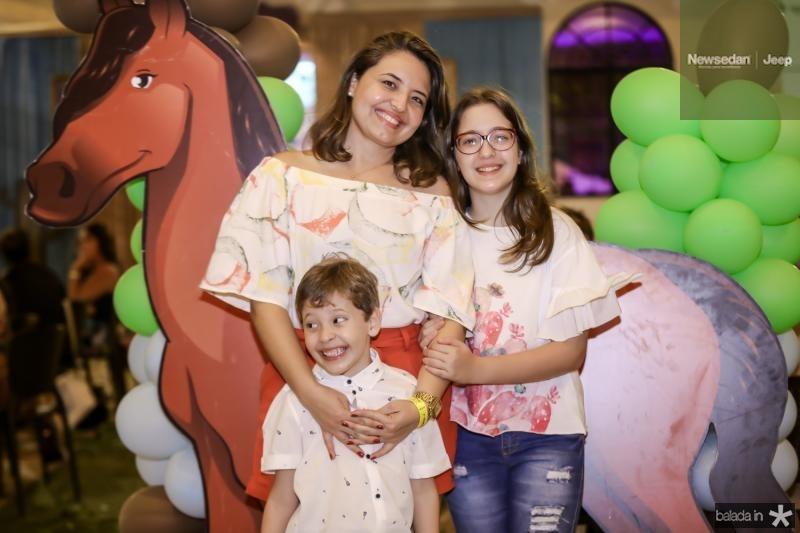Victor, Lidia e Mariana Pinheiro