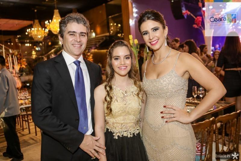 Ronaldo, Nicole e Vivian Barbosa