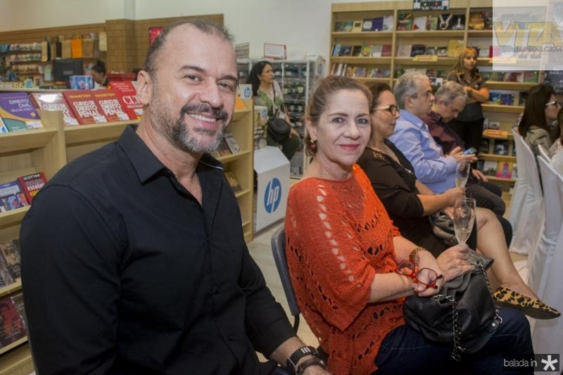 Leo Henriques e Lilia Quindere
