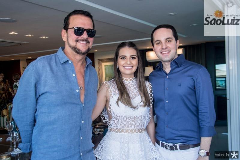 Adrisio Câmara, Manuela Câmara e Tomas Moraes