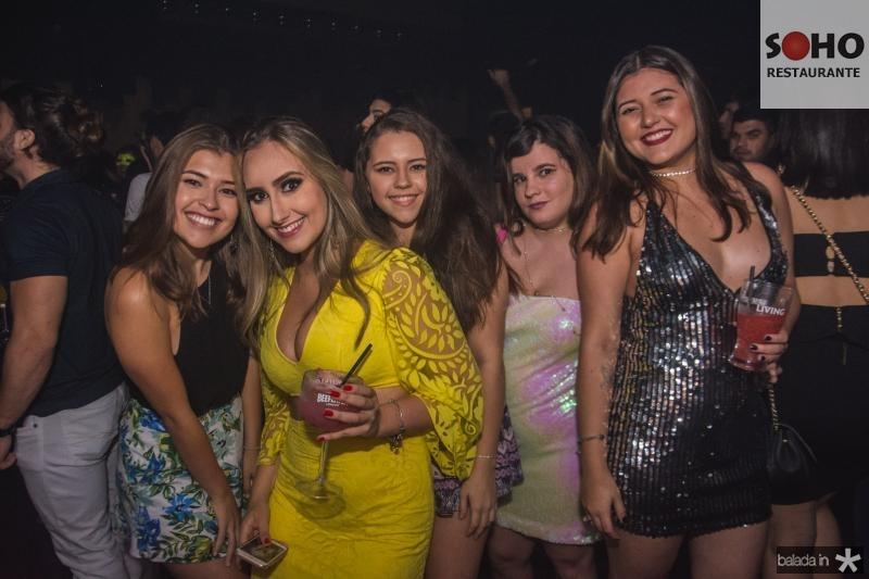 Julia Sala, Vitoria Alves, Raquel nogueira, Leticia Pinheiro e Bianca Regina
