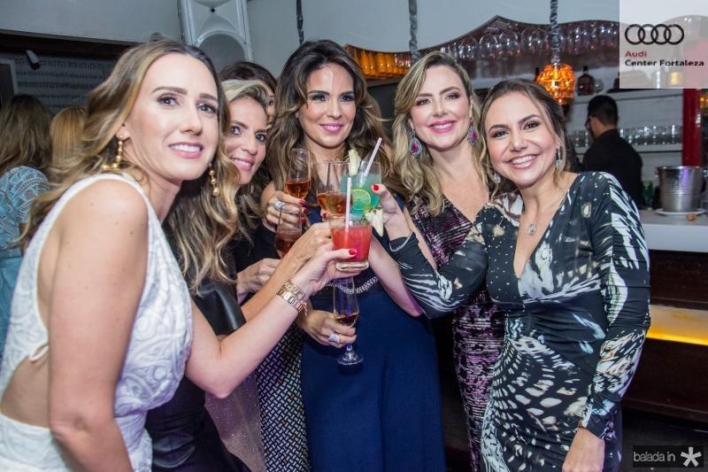 Roberta Nogueira, Michele Aragao, Eveline Fujita, Suyane Dias Branco e Adriana Queiroz