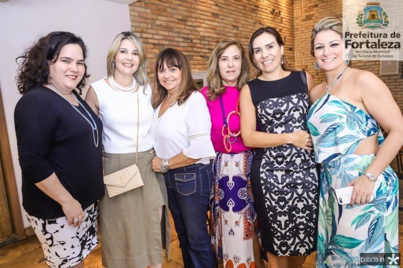 Camile Rola, Micheline Bezerra, Carmen Cinira, Joria Araripe, Anne Alcantara e Tatiana Luna
