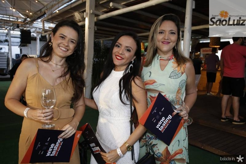Arianne Coutinho, Nivea Rodrigues e Ticyanne Oliveira