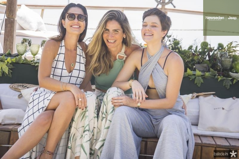 Nicole Pinheiro, Paula Pinto e Paulinha Sampaio
