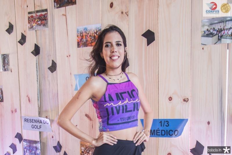 Thayna Custodio