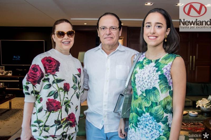 Isabela, Orlando e Rafaela Fonseca
