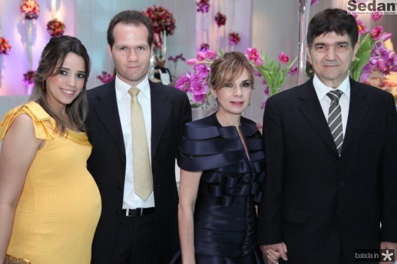 Rafaela e Eduardo Benevides, Anie e Carlos Benevides