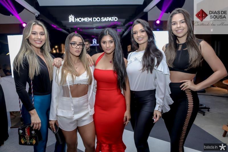 Bia Feitosa, Juliana Rodrigues, Mileide Mihaile,Tamylle Oliveira e Luana Passos