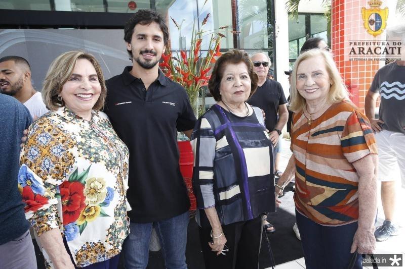 Marise, Lucas e Edyr Rolim e Maruzia Carvalho