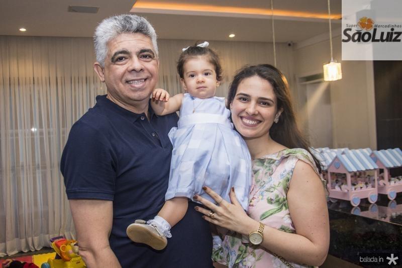 Joao Miguel, Maria Beatriz e Monica Geleilate