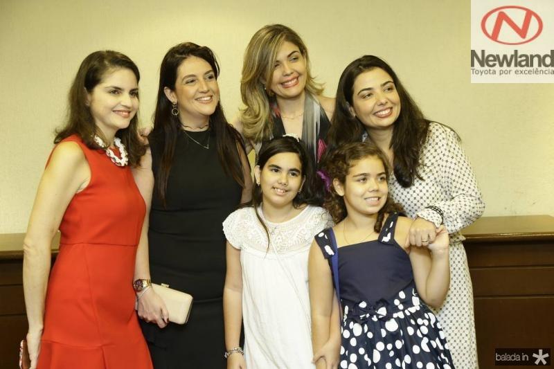 Tatiana Tostes, Lana Trigueiro, Micheline Forte, Janaina Noleto, Giovana Trigueiro e Manuela Noleto