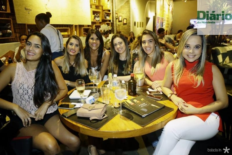 Cristina Oliveira, Ticiana Girao, Adalia Oliveira, Larisse Pontes, Julia Assuncao e Ruth Torres