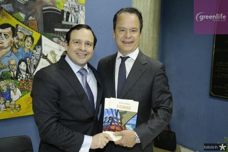 Igor Queiroz Barroso e Lisandro Fujita