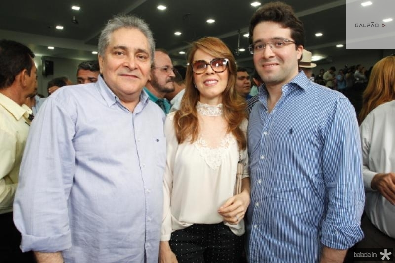Luiz, Karizia e Lucas Pontes