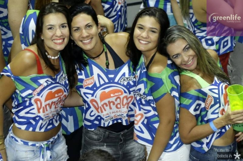 Lili, Rose e Yasmin Carneiro e Patricia Oliveira