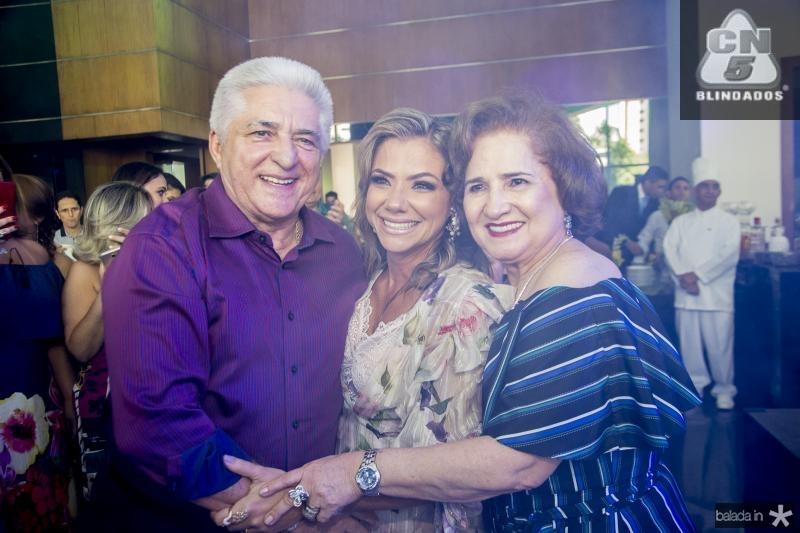 Deusmar, Vanessa e Auricelia Queiros