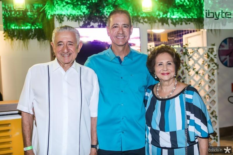 Mauricio, Regis e Lucia Medeiros