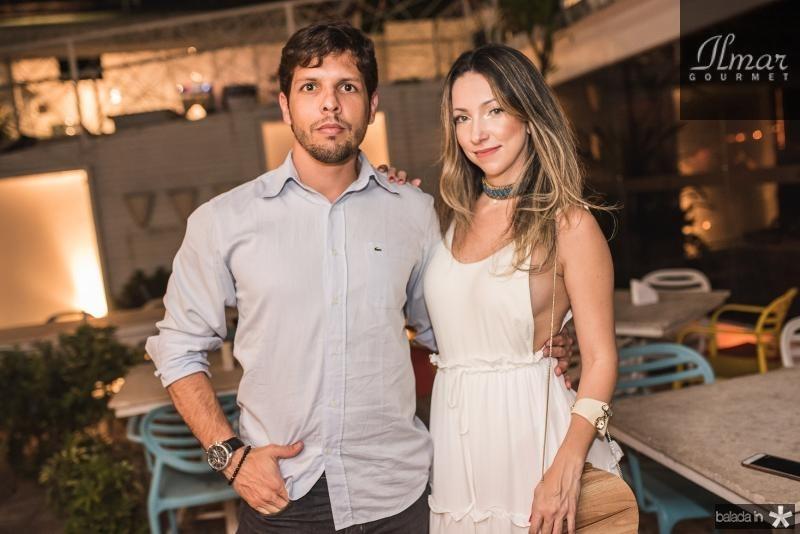 Tiago Sonfesca e Marina Helena