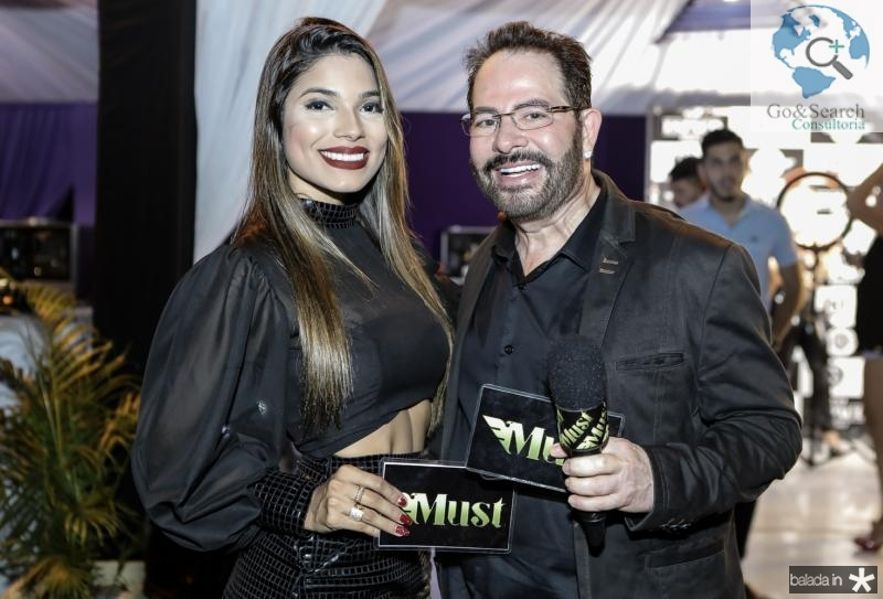 Monique Dantas e Walney Haidar