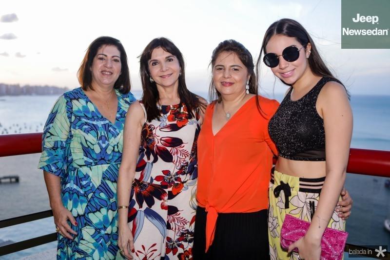 Claudia Oliveira, Isabelle Martins, Gerusa Teixeira e Alana Teixeira