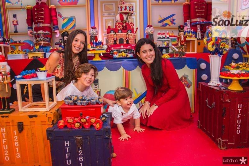 Isabela, Andre, Lucas e Lara Albuquerque