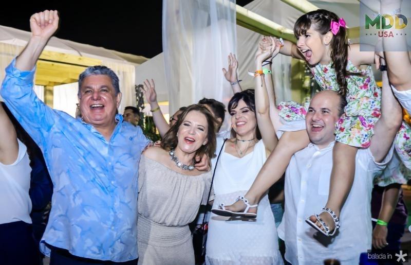 Cleber e Angela Cunha, Carol, Isabella e Rocberto Claudio Bezerra