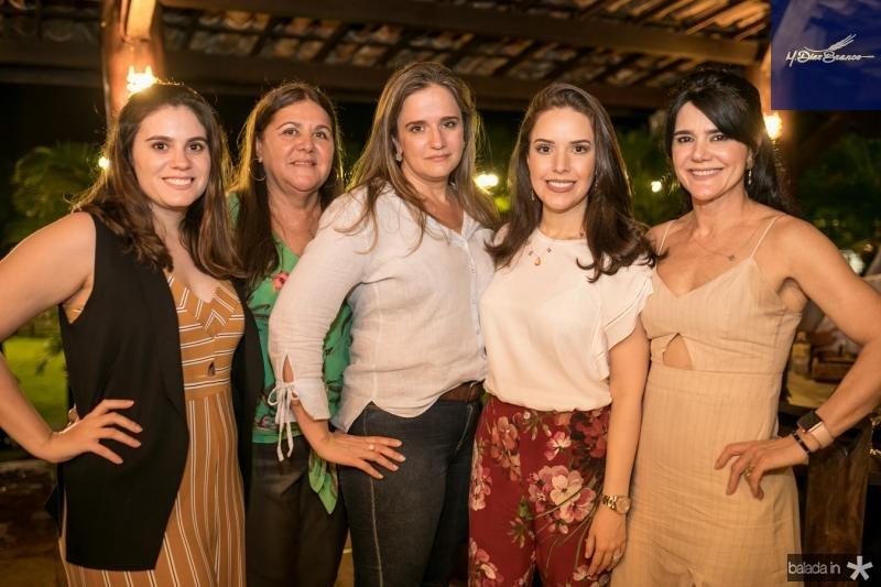 Lia Feitosa, Silvana Satiro, Larissa Feitosa, Lucinha Feitosa e Luzia Feitosa