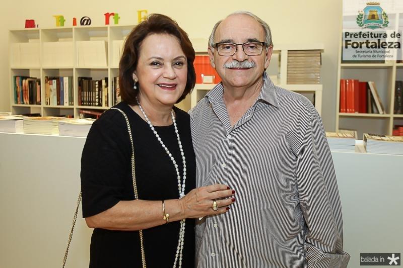 Leninha e Ednilton Soares