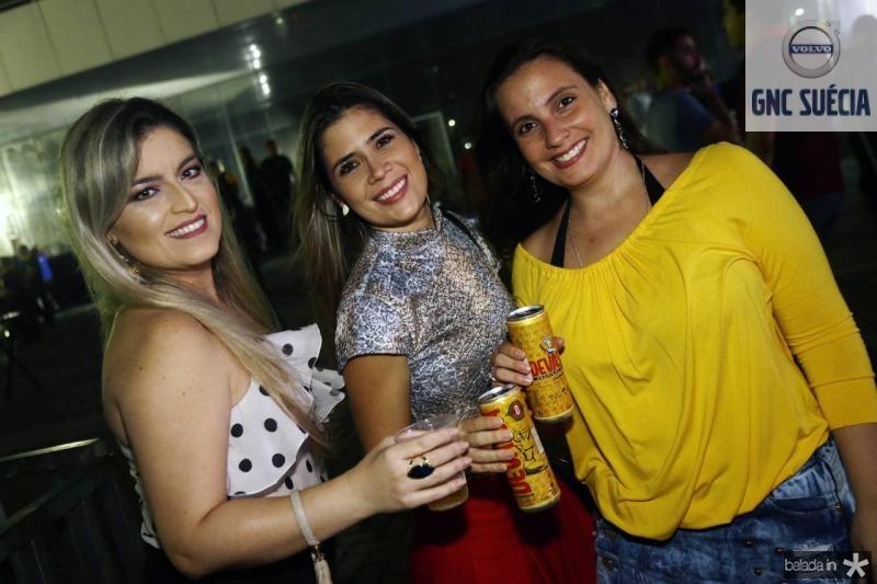 Andreza Mesquita, Camila Moreira e Carol Lustosa