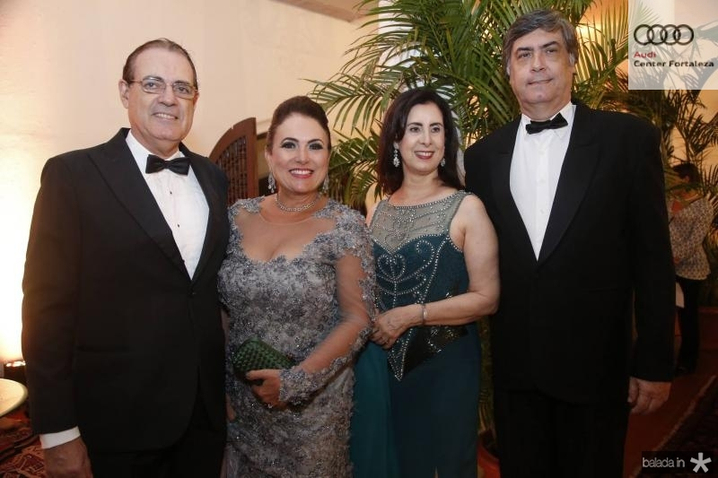 Urbano e Ana Luiza Costa Lima, Valeria e Hugo Grangeiro