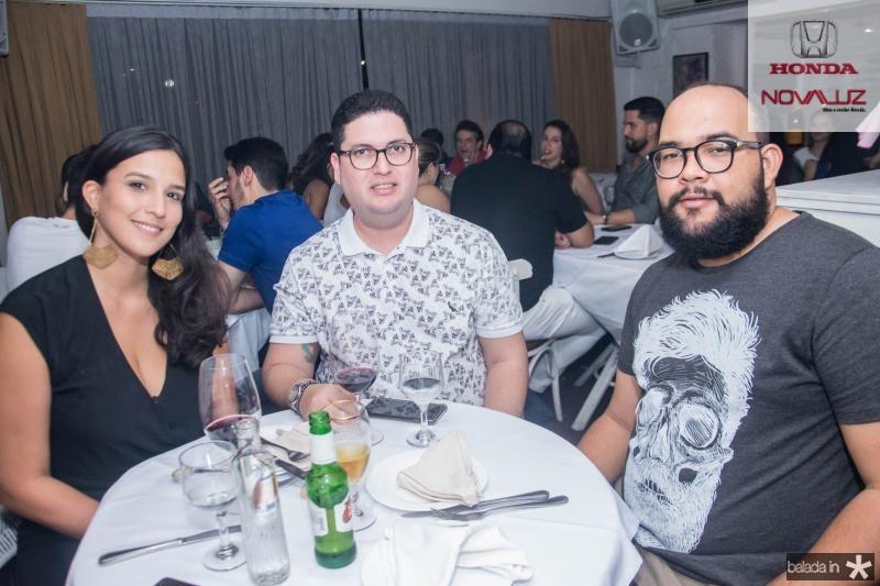 Cecilia Amora, Victor Falcao e Lucas Ferreira