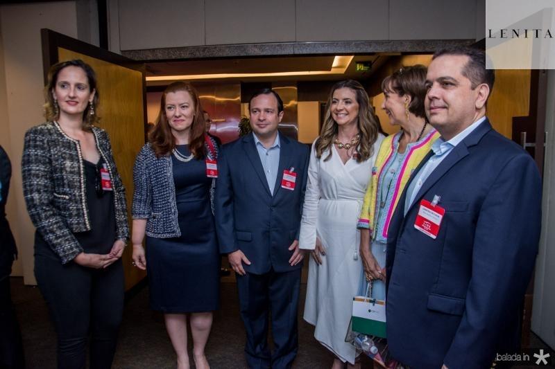 Carol Belchior, Aline Barroso, Igor Barroso, Emilia Buarque, Viviane Senna e Germano Belchior