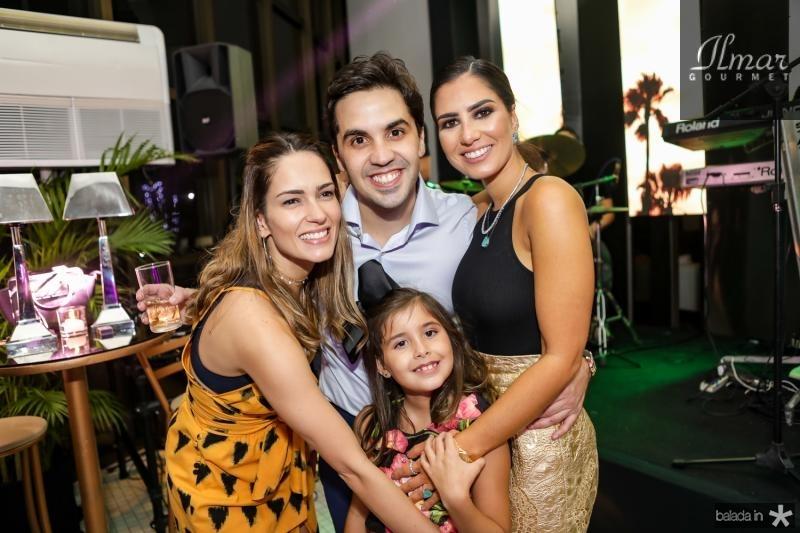 Marilia Queiroz, Netinho e Liz Bayde, Nicole Pinheiro